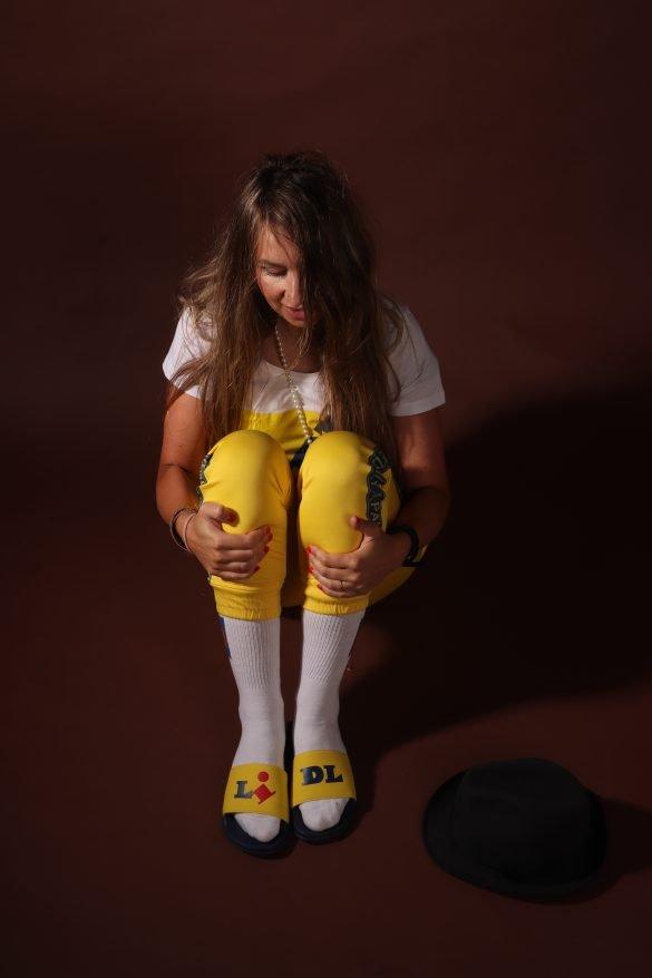 lidl fan fanwear fancollectie slippers daily paper geel zeeman