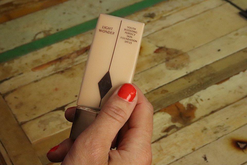 light wonder foundation charlotte tilbury review make-up blog